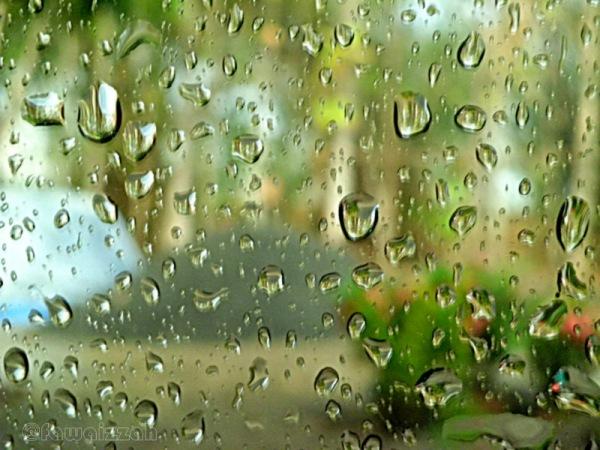 Hujan di Kaca Jendela